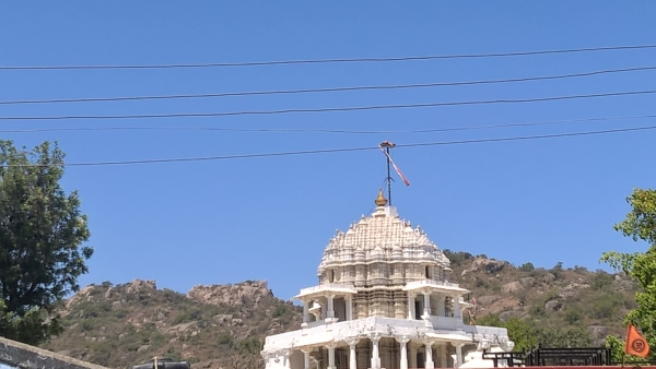 A poor shot of Dilwara temple