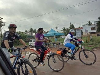 Ready to pedal off - Hubli to Belgaum