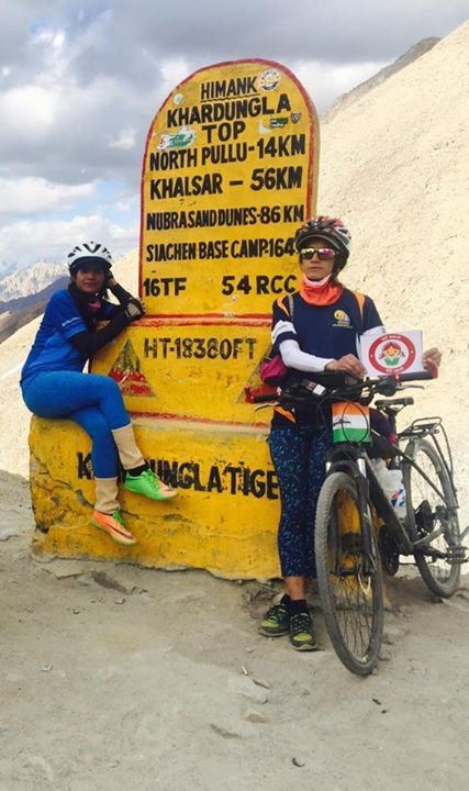 The sisters in Khardungla!